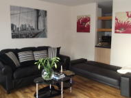 1 bed Apartment in Westferry Road...