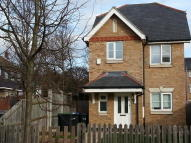 3 bed Detached house to rent in Linden Way, Southgate...