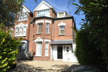1 bedroom Flat to rent in Great North Road, London...