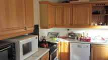 2 bedroom semi detached property in Blagrove Close, Street...