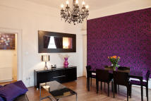 2 bed Flat to rent in Garrick Street...