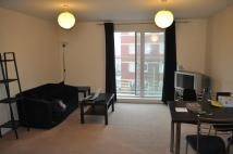 2 bedroom Flat in Richmond Court, Exeter...