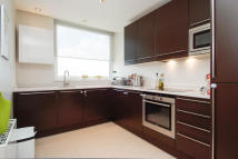 2 bedroom Flat in Palace Street...