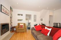 Apartment to rent in Norfolk Square...