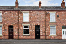 Terraced home to rent in Meadow Street...