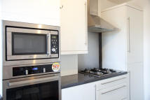 4 bed Terraced property in Willoughby Lane, London...