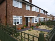 2 bed Ground Flat in Rochford Road...