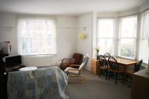 2 bed Ground Flat in Mount Sion...