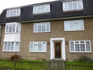 2 bed Flat to rent in North Parade...