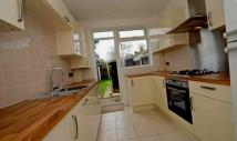3 bed Terraced property to rent in Links Avenue, Morden...