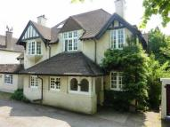 Maisonette to rent in Bluehouse Lane, Oxted...