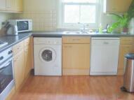 Maisonette to rent in Replingham Road...