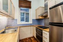 3 bedroom Flat to rent in Trebovir Road...