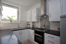 Flat to rent in Maysoule Road...