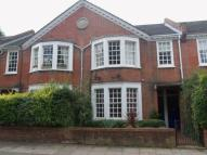 Ground Flat to rent in Swaby Road, Earlsfield...