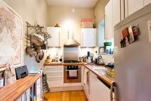 1 bedroom Flat to rent in Brecknock Road...