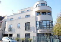 2 bed Apartment in Station Crescent...
