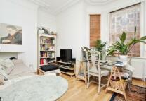 Glenloch Road Studio apartment to rent