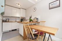 Flat to rent in Peckham Rye, Peckham Rye...