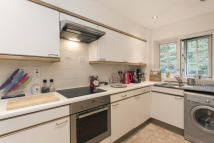 1 bedroom Flat to rent in Selhurst Close...