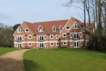 2 bed Apartment in Esher, Surrey