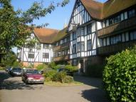 1 bed Flat in Esher, Surrey, KT10