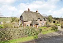 3 bedroom Detached house for sale in Mavesyn Ridware...