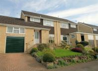 3 bed semi detached home in Court Orchard...