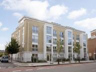 2 bedroom Flat to rent in Northpoint House 400...