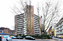 1 bed Flat to rent in Cotswold Court Gee...