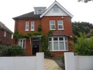 Flat in LAKE AVENUE, BROMLEY