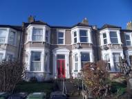 Flat in WELLMEADOW ROAD, CATFORD