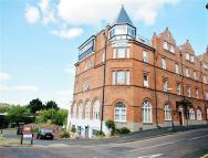 1 bed Flat to rent in Norwich Avenue West...