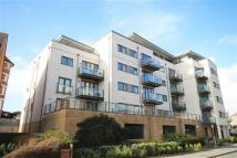 2 bed Flat to rent in Luxury Apartment near...