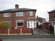 Mort Avenue semi detached property to rent