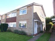 Flat to rent in Biggin Hill, TN16...