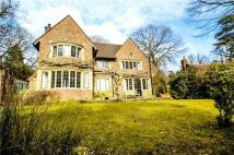 4 bed Detached house to rent in Oxted