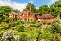 5 bedroom Country House to rent in Limpsfield