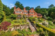 Country House to rent in Limpsfield