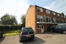 Studio flat in Warlingham