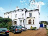 Flat to rent in Wray Park Road, Reigate