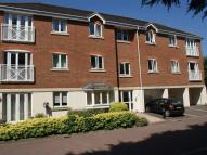 2 bed Flat in Station Road, Edenbridge...