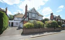 7 bedroom Detached home in Redhill