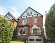 Apartment for sale in Reigate