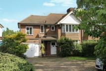 4 bed semi detached home to rent in Tonbridge