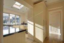 4 bedroom semi detached house in Willow Lea, Tonbridge