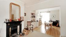 4 bedroom Terraced house in Richmond Avenue ...