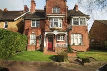 Apartment in Molyneux Park Road...