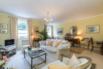 Apartment for sale in Park Road, Southborough