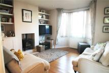 3 bed semi detached property in Culverden Park Road